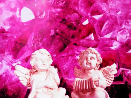 Gothic miscellaneous goods Angels looking up at the heavens side by side (background: amethyst)