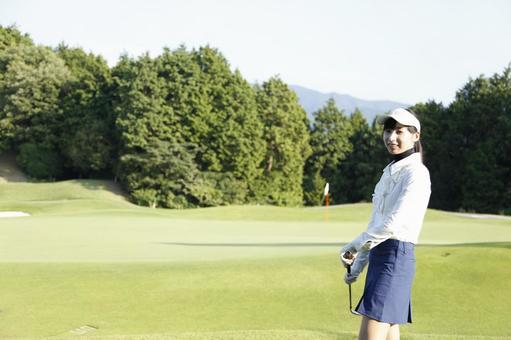 Female golf 3