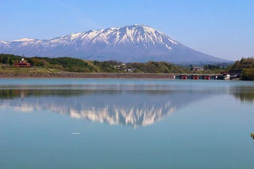 Iwate mountain