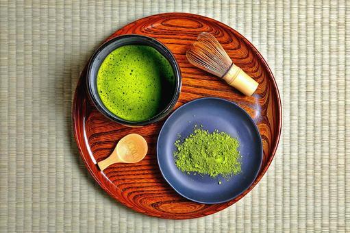 Matcha on tatami