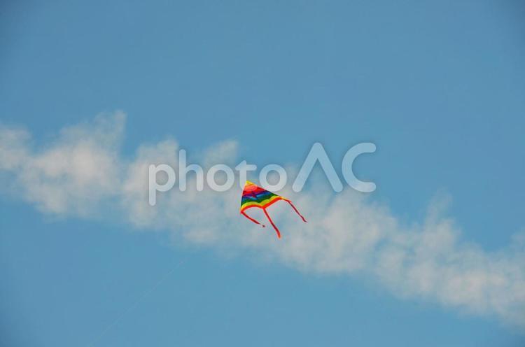 凧のある空M(色調2)の写真