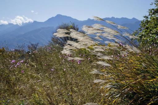 Autumn Yatsugatake foothills_1