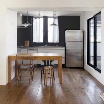 Natural chic kitchen interior
