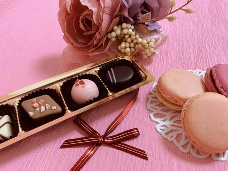 Chocolate & macaroons