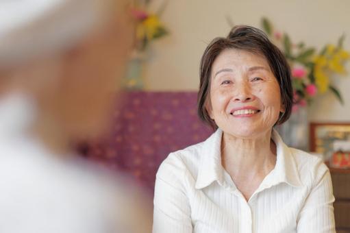 Elderly Care Talking Elderly Mother Daughter 6