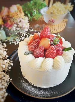 Handmade cake of red strawberries