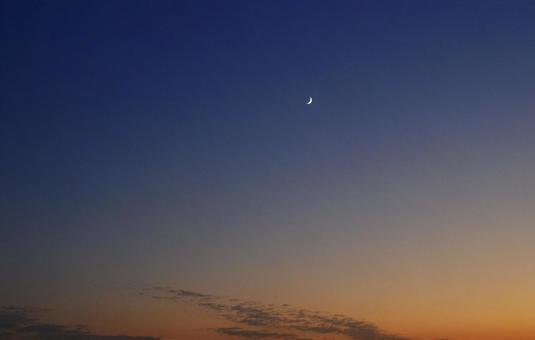 푸른 하늘 _ 초승달 _66