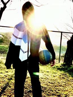 排球男孩和日落