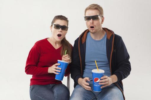 Couple seeing 3D movies 6