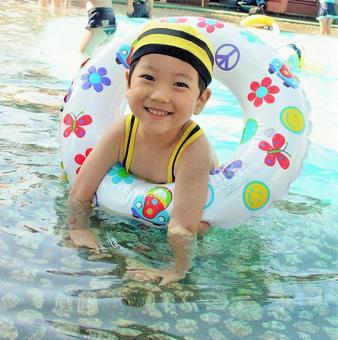 Bee swimsuit children 6
