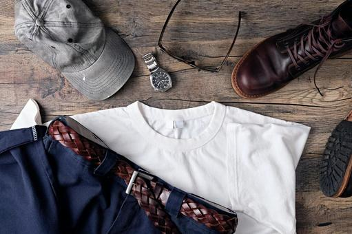 T-shirts, work pants and accessories