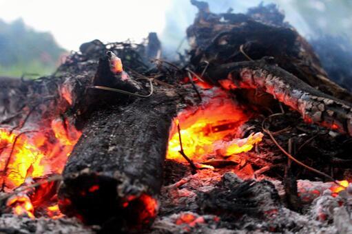 모닥불 불타는 숯 소재 3