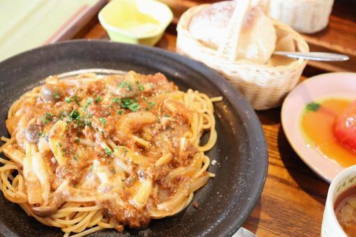 Meat sauce pasta set ②