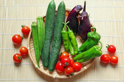 Summer vegetable platter