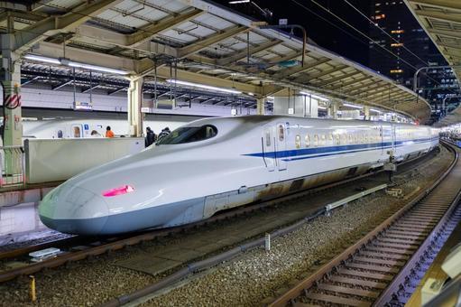 Shinkansen N 700 A Tokyo Station