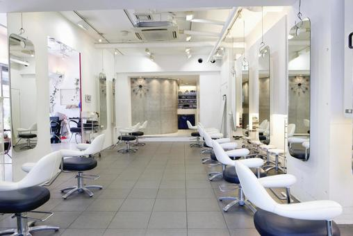 Beauty salon store 2