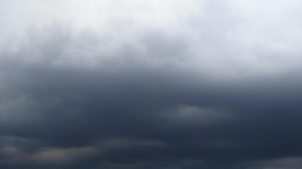 흐린 구름 1
