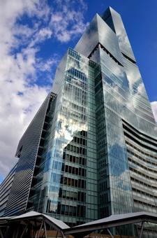 """하늘과 융합하는 「아베노바시 터미널 빌딩 """""""