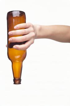 Hand pose bottle 4