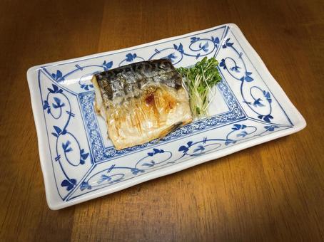 Salt mackerel / grilled fish / mackerel / food