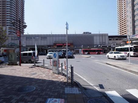 Ichikawa station building