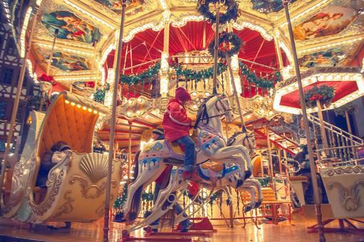 Merry-go-round 4