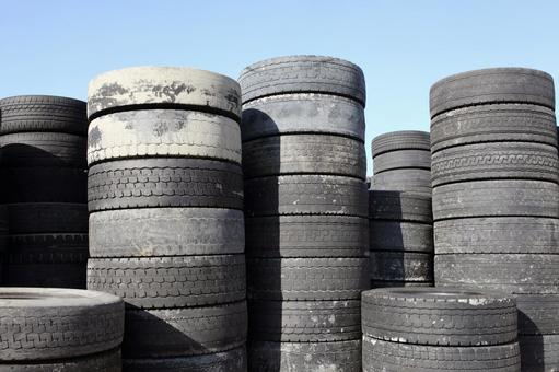 Old tire recycling