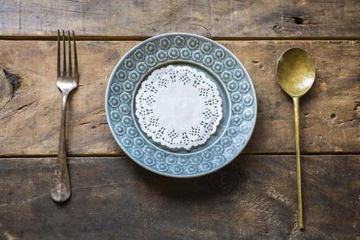 木桌_斯堪的納維亞餐具_餐具