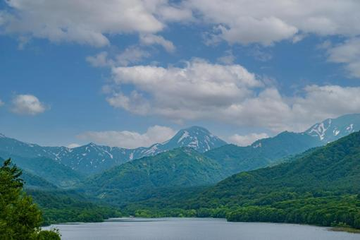 Lake Otomi (Sasagamine Dam)