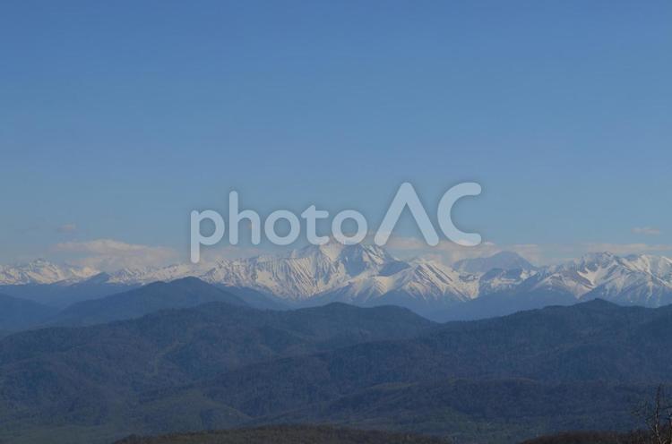 美しい雪山の写真
