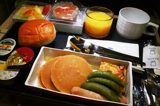 機上用餐_ A 01