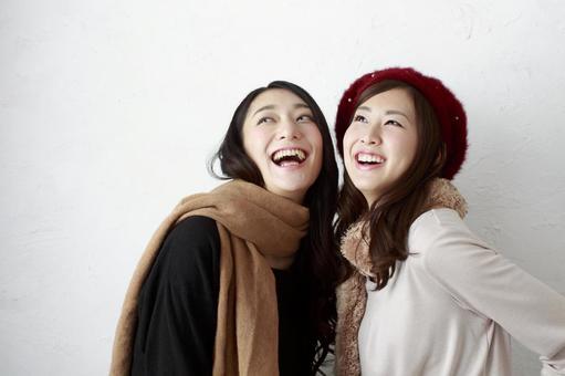 Female Friend Winter Fashion 7