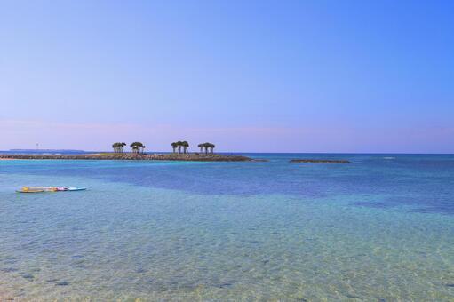 오키나와의 바다