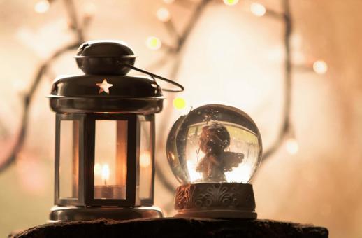 Lantern and snow globe 1