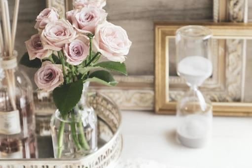 Antique pink rose and hourglass