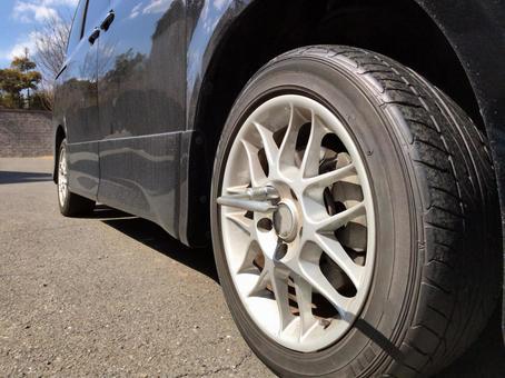 汽车轮胎改变