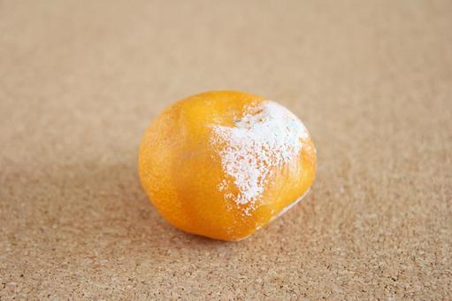 Rotten oranges