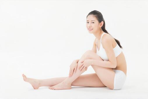Female to massage 3