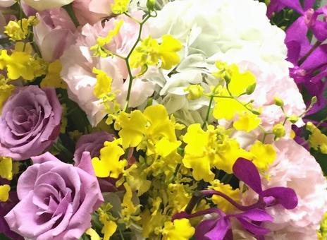 Flower arrangement close-up onsidem and hydrangea