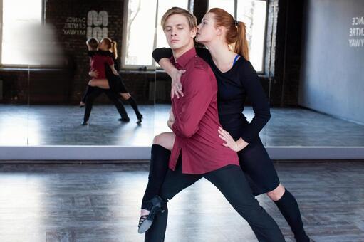 Dancing in a duet 5