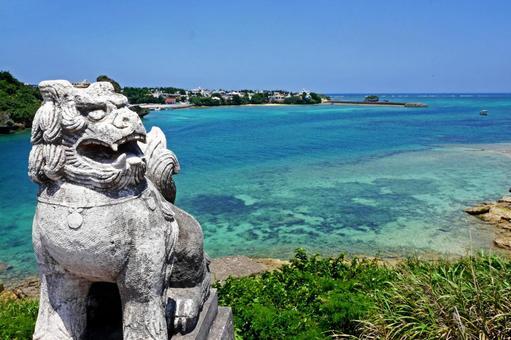 【Okinawa】 Seasa and the sea