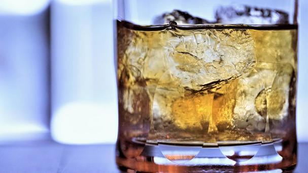 위스키 - (술 · 식품)