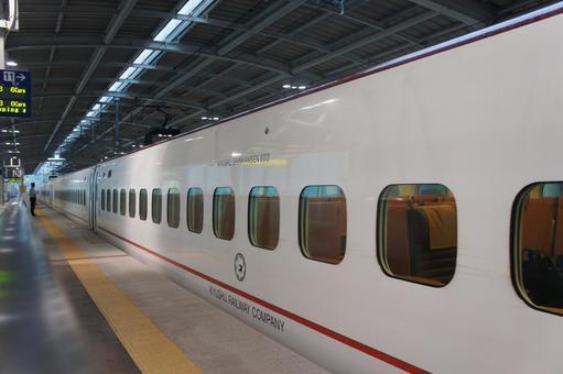 Kyushu Shinkansen 2