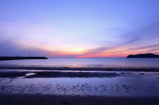Sea and sky Sunset sky Quiet landscape