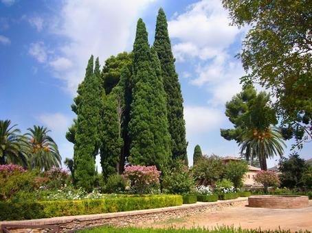 스페인 그라나다 알함브라 궁전의 정원