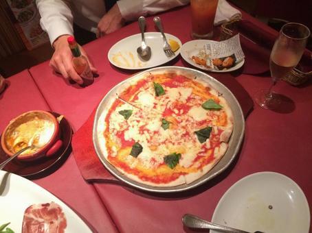 偶尔的豪华午餐...披萨
