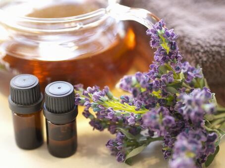 Aromatic oil 02