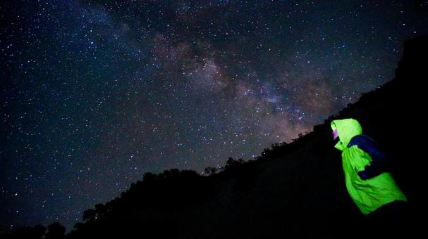 The Milky Way and the people who see it from Hakubayari Onsen