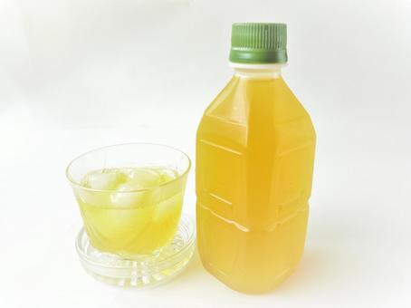 PET bottle tea and glass