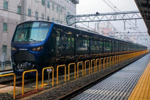 Sotetsu 12000 series @ Itabashi Station